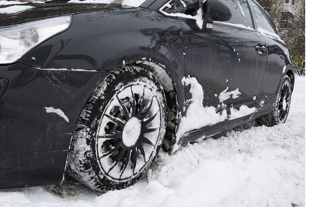 How to Protect Your Car from Snow Without a Garage