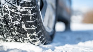 How to remove ice from tires