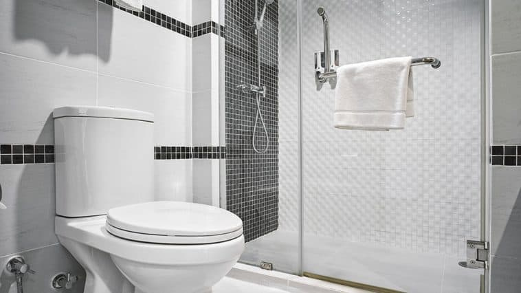 How to keep toilet pipes from freezing