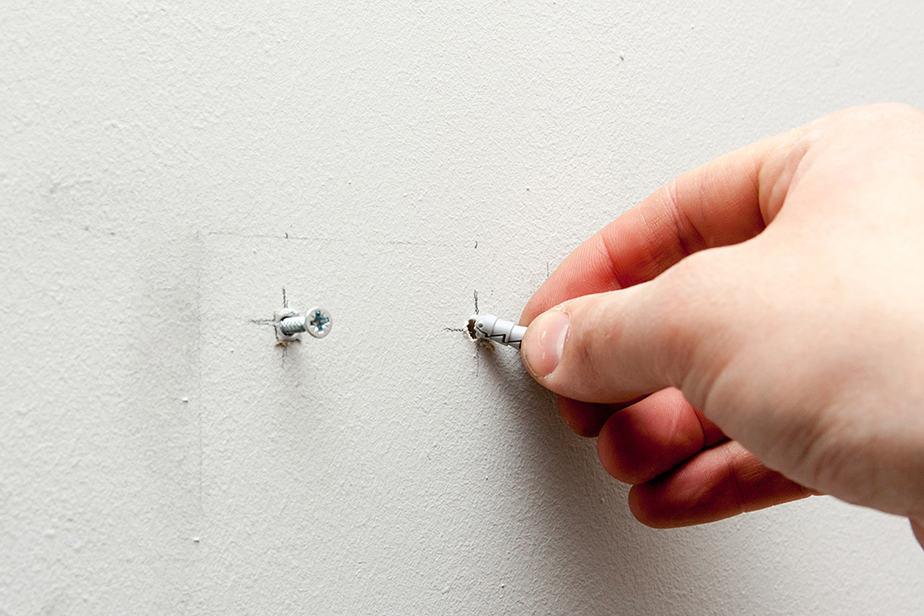 How to repair stripped screw holes in drywall