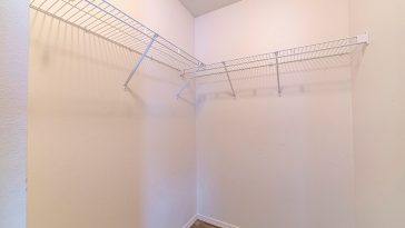 How to remove wire shelving anchors
