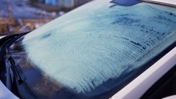 Towel on windshield to prevent frost